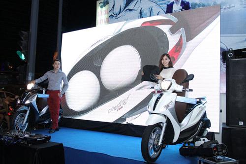 Xe Piaggio Medley ra mắt hoành tráng tại Topcom - 4