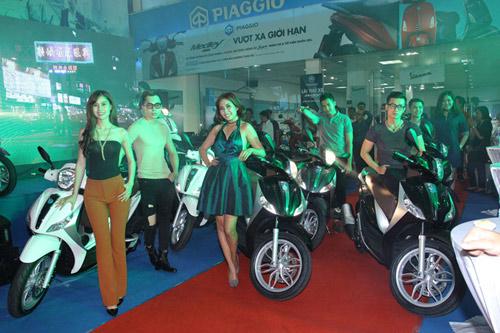 Xe Piaggio Medley ra mắt hoành tráng tại Topcom - 3