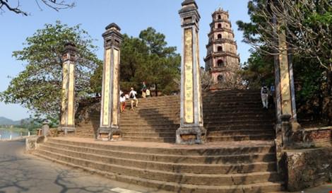 Chê du lịch nội, người Việt chi 6 tỉ USD ra nước ngoài - 1