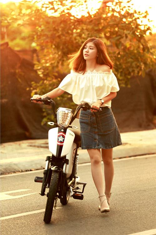 """Xe đạp điện """"vật bất ly thân"""" đối với giới trẻ - 6"""