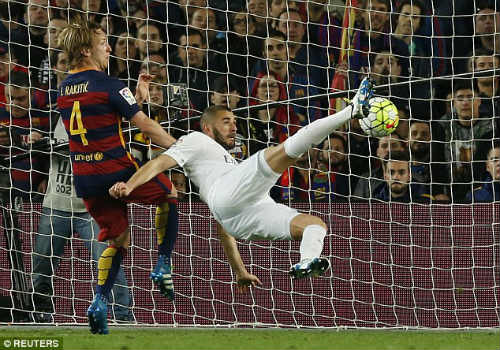 """Lộ chiến thuật Real hạ Barca: Đừng """"khinh"""" Zidane - 2"""