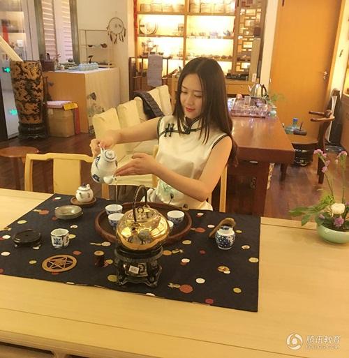 Ngắm cô giáo tiểu học xinh đẹp nhất Trung Quốc - 7