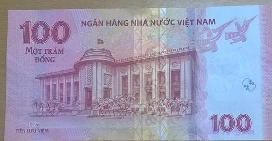 Phat hanh tien luu niem 100 dong - 2