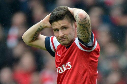 """Cột dọc và xà ngang ngăn Arsenal """"vô đối"""" nước Anh - 1"""
