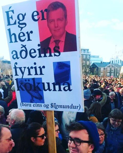 Dân phẫn nộ xuống đường đòi Thủ tướng Iceland từ chức - 4