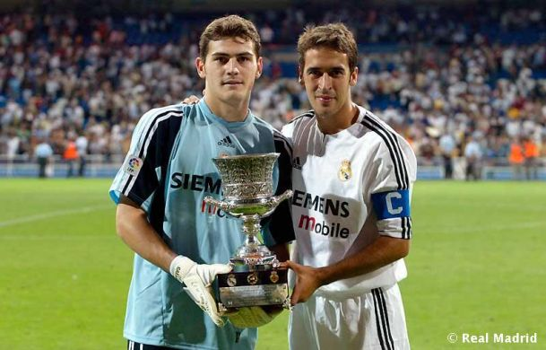 Đội hình vĩ đại của Raul: Không Casillas, có Messi - 1