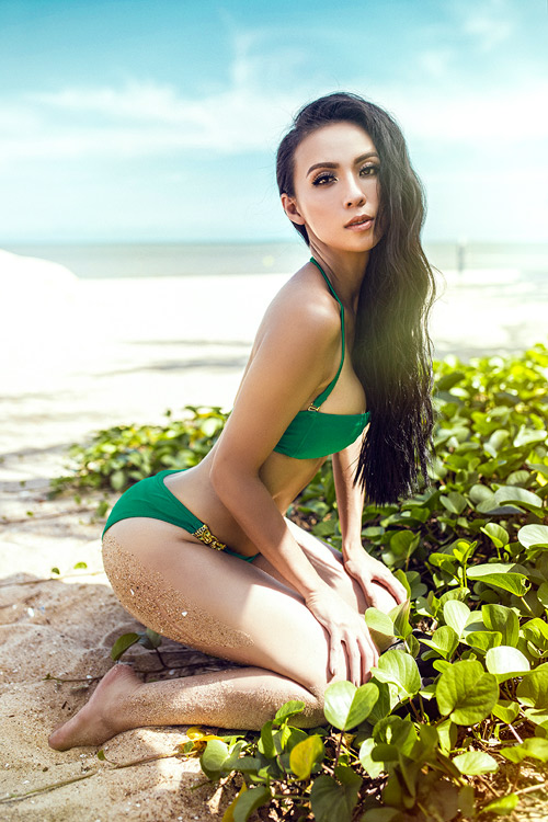 MC 3 con Huyền Ny khoe dáng chuẩn với bikini - 4