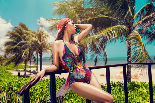 MC 3 con Huyền Ny khoe dáng chuẩn với bikini - 14