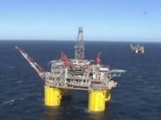 Thị trường - Tiêu dùng - Giá dầu giảm do nhà đầu tư nghi ngờ thỏa thuận sản lượng