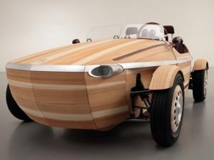 """""""Hút hồn"""" trước vẻ đẹp tinh tế của xe Toyota bằng gỗ"""