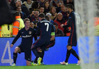 Chi tiết Barca - Atletico: Bạo lực lên ngôi (KT) - 5