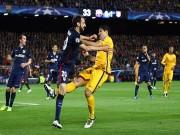Bóng đá - Thoát thẻ đỏ và lập cú đúp, Suarez xuất sắc nhất (Infographic)