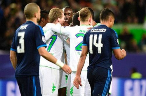 Real Madrid thua Wolfsburg - 1