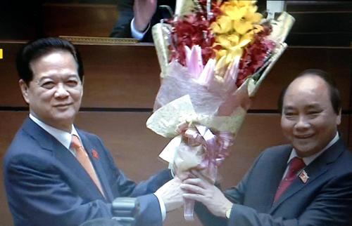 Video Ông Nguyễn Xuân Phúc tuyên thệ nhậm chứ Thủ tướng VN - 2