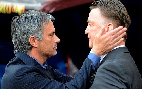 MU: Loạn tin Van Gaal đi-ở và tương lai Mourinho - 1