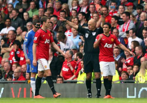 """""""Đóng kịch"""" xấu xí, David Luiz bị """"ném đá"""" dữ dội - 3"""