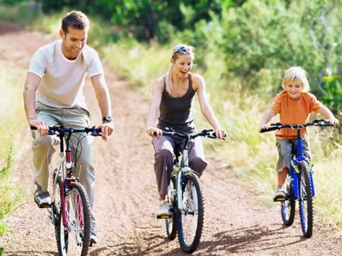 Dạy bé đạp xe: Bài học của con, hạnh phúc của cha mẹ - 4