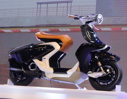 Yamaha giới thiệu 04GEN:  Xe tay ga nhìn xuyên thấu - 1