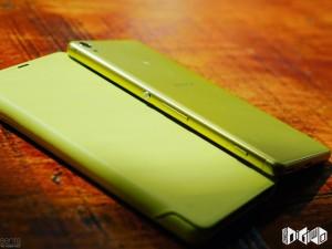 Mê mẩn với Sony Xperia XA màu vàng chanh