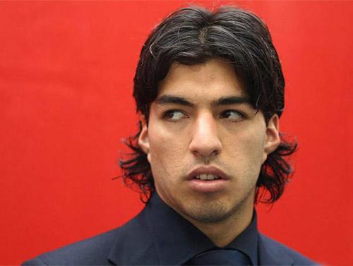 """Suarez bị """"chửi"""" có vấn đề thần kinh - 1"""