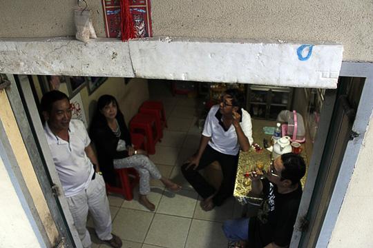 Nhà bỗng thành hầm giữa Sài Gòn - 4