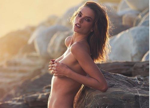 Mẫu nội y quyến rũ nhất nhì Brazil đẹp hơn nhờ sinh nở - 1