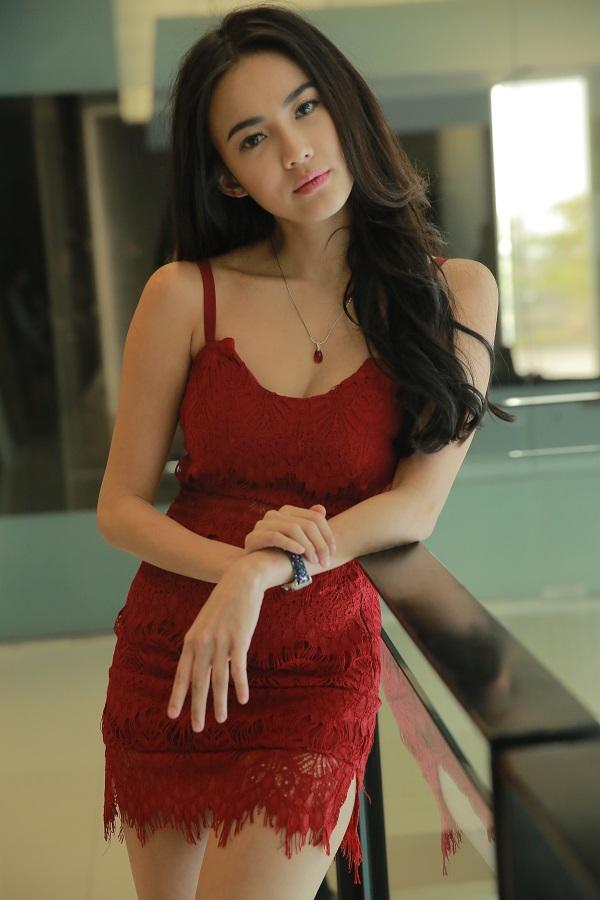 """Sao Việt cũng mê gu mặc trong """"Tình yêu không có lỗi"""" - 12"""