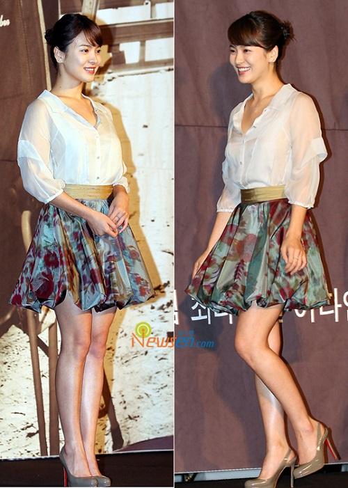 Hè này chỉ cần diện áo sơ mi xinh như Song Hye Kyo - 6