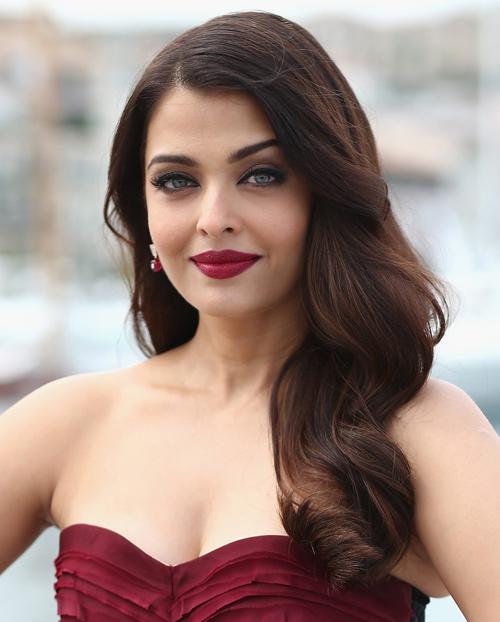 """Hoa hậu đẹp nhất mọi thời """"dính chàm"""" vụ hồ sơ Panama - 2"""