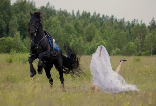 Cô dám bỏ tôi đi lấy chồng ư?