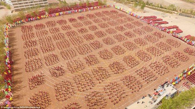 Màn trình diễn hoành tráng của 26.000 võ sinh kungfu TQ - 3