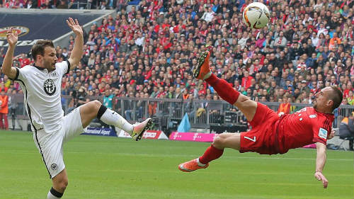 Ribery bắt vô-lê tuyệt mĩ đẹp nhất vòng 28 Bundesliga - 1