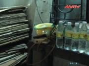 Video An ninh - Rùng rợn công nghệ chế dấm gạo từ axit ở Nghệ An