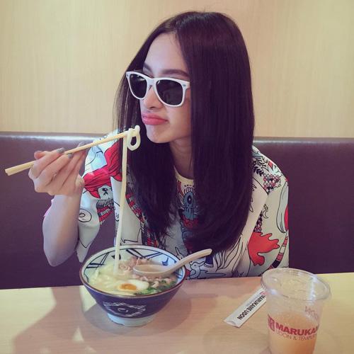 50 sắc thái khiến fan phì cười của Angela Phương Trinh - 5