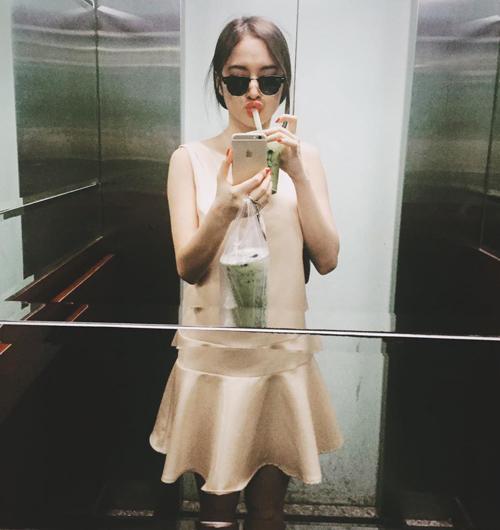 50 sắc thái khiến fan phì cười của Angela Phương Trinh - 13