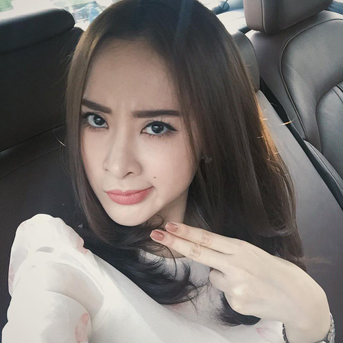 50 sắc thái khiến fan phì cười của Angela Phương Trinh - 14