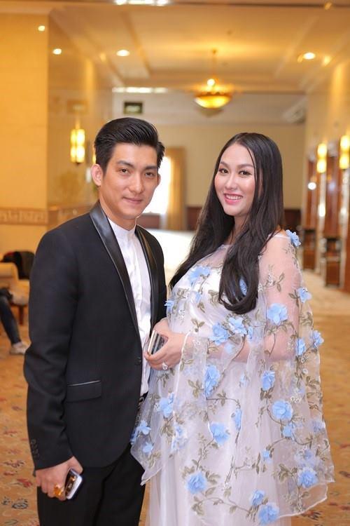 Phi Thanh Vân rút ví mua bảo hiểm 10 tỷ đồng cho con - 3