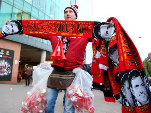 Mourinho khẳng định tái xuất nhưng phớt lờ MU - 1