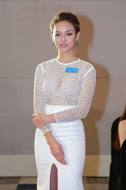 """Quỳnh Mai """"siêu vòng 3"""" tái xuất ở Hoa hậu Biển VN - 1"""