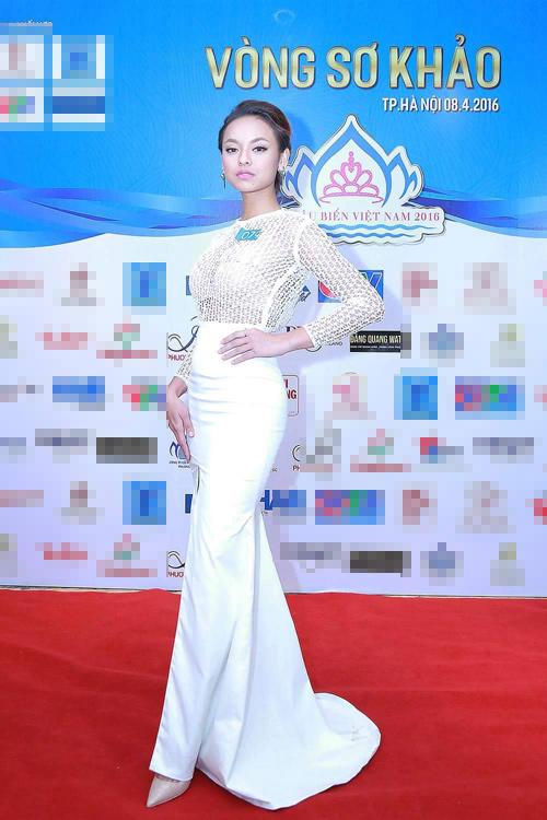 """Quỳnh Mai """"siêu vòng 3"""" tái xuất ở Hoa hậu Biển VN - 2"""