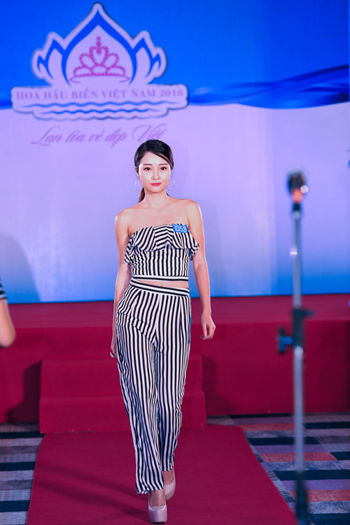 """Quỳnh Mai """"siêu vòng 3"""" tái xuất ở Hoa hậu Biển VN - 5"""
