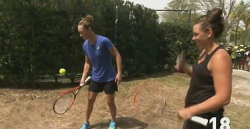 Lác mắt với khả năng tâng bóng cạnh vợt của SAO tennis - 1