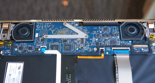 HP Spectre 13: lời đáp trả đầy thách thức với Apple MacBook - 3