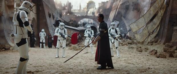 """Chân Tử Đan đọ kiếm dũng mãnh trong """"Star Wars"""" - 1"""