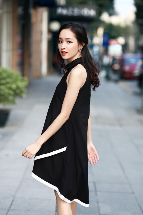 Dạo phố đầu hè xinh như hotgirl với đầm 2 dây gợi cảm - 7