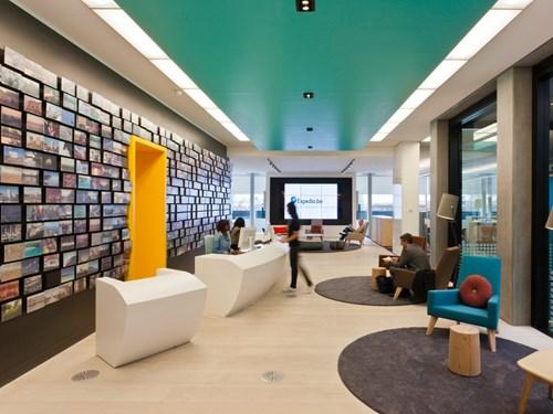 Sốc: Công ty tặng mỗi nhân viên hơn 300 triệu đi du lịch - 2
