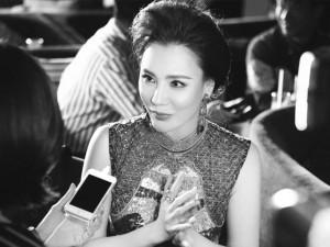 """Hồ Quỳnh Hương: """"Tôi không sợ bị bàn tán nhan sắc"""""""