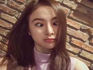 50 sắc thái khiến fan phì cười của Angela Phương Trinh