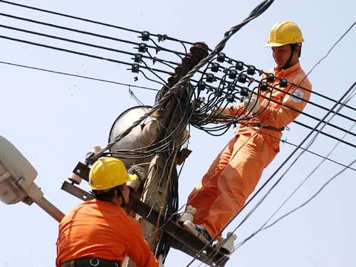 Nhiều quận, huyện ở Hà Nội bị cắt điện nhiều giờ - 1