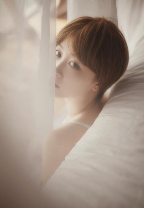 Thiếu nữ Trung Quốc hóa thân thành Min Hari nóng bỏng - 4